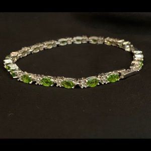 COPY - tennis bracelet in green and silver.